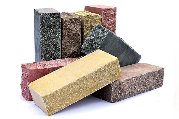 Виды кирпича: силикатный, керамический, гиперпрессованный