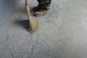 Как класть плитку на кирпичную стену: подготовка, способы