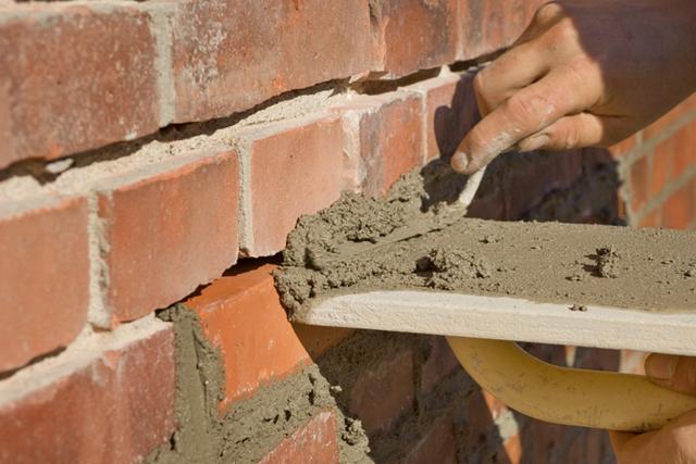 Как обновить старый кирпичный дом: способы, подготовка