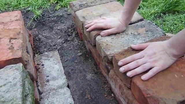 Грядки из кирпича: пошаговая инструкция, преимущества