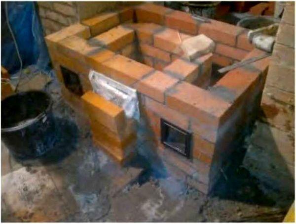 Установка топочной дверцы в кирпичной печи: подготовка