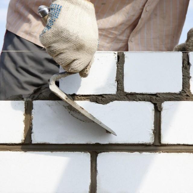 Дом из силикатного кирпича: недостатки, преимущества