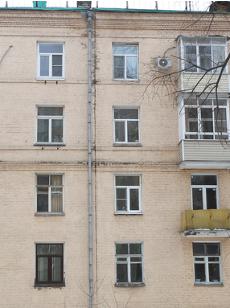 Температурный шов в кирпичном многоэтажном доме
