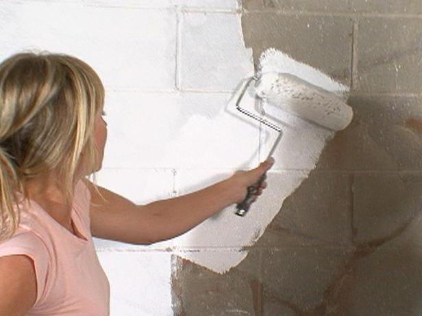Чем обработать кирпичную стену от влаги: виды пропиток