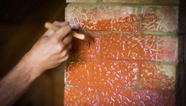 Чем покрыть камин из кирпича: краска, известь, меловая смесь