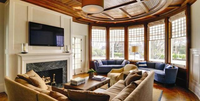 Кирпичные дома с эркером: проекты, преимущества